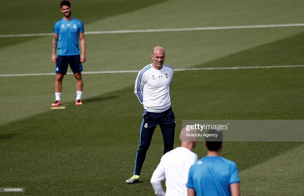 Real Madrid's head coach Zinedine Zidane attends training session at the Valdebebas's sports complex in Madrid, Spain on May 24, 2016. Real Madrid will face Atletico Madrid in the 2016 UEFA Champions League final at Guiseppe Meazza stadium in Milan, Italy on May 28, 2016.