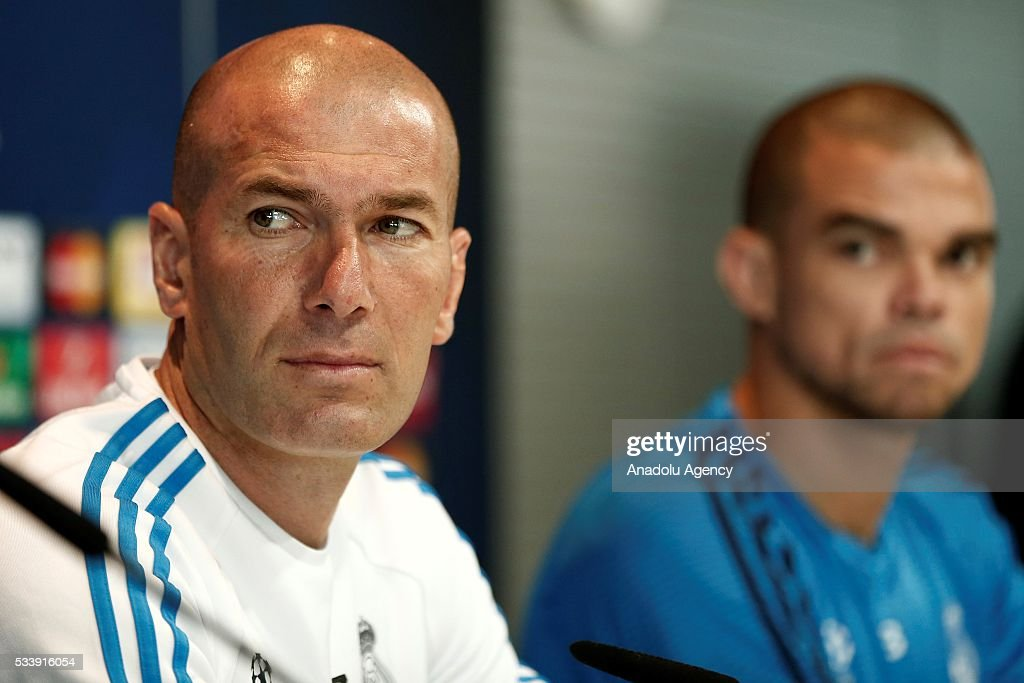 Real Madrid's head coach Zinedine Zidane delivers a speech during a press conference ahead of UEFA Champions League final football match between Atletico Madrid and Real Madrid CF in Madrid, Spain on May 24, 2016.