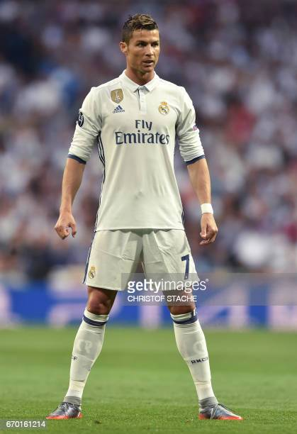 Real Madrid's Portuguese forward Cristiano Ronaldo prepares for a free kick during the UEFA Champions League quarterfinal second leg football match...