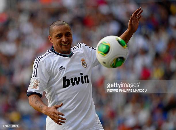 Real Madrid's Roberto Carlos eyes the ball during the Corazon Classic Match 2013 Veracruz charity football match Real Madrid Legends vs Juventus...