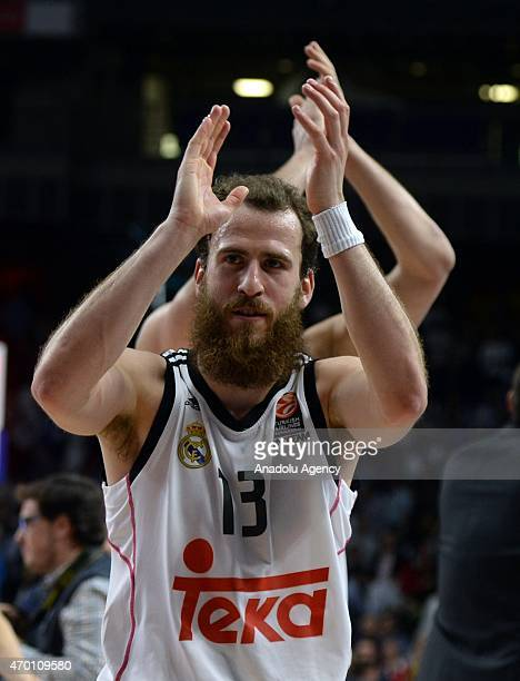 Real Madrid's Sergio Rodríguez celebrates their victory during the Turkish Airlines Euroleague quarter final second Basketball match between Spain's...