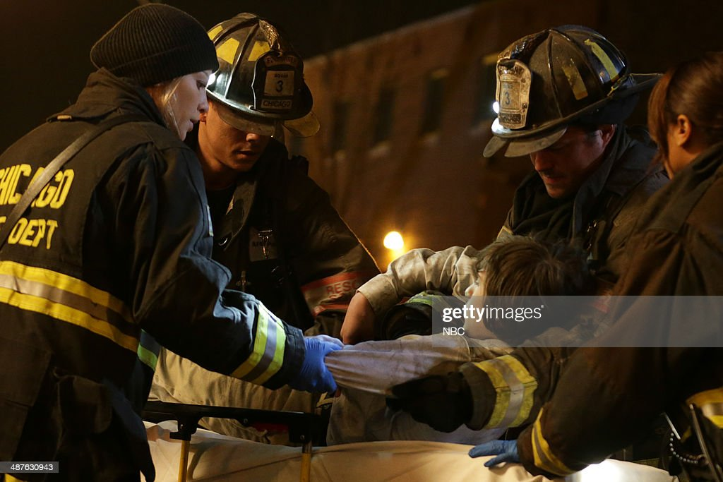 FIRE -- 'Real Never Waits' Episode 222 -- Pictured: (l-r) <a gi-track='captionPersonalityLinkClicked' href=/galleries/search?phrase=Lauren+German&family=editorial&specificpeople=693304 ng-click='$event.stopPropagation()'>Lauren German</a> as Leslie Shay, Charlie Barnett as Peter Mills, <a gi-track='captionPersonalityLinkClicked' href=/galleries/search?phrase=Taylor+Kinney&family=editorial&specificpeople=747018 ng-click='$event.stopPropagation()'>Taylor Kinney</a> as Kelly Severide --