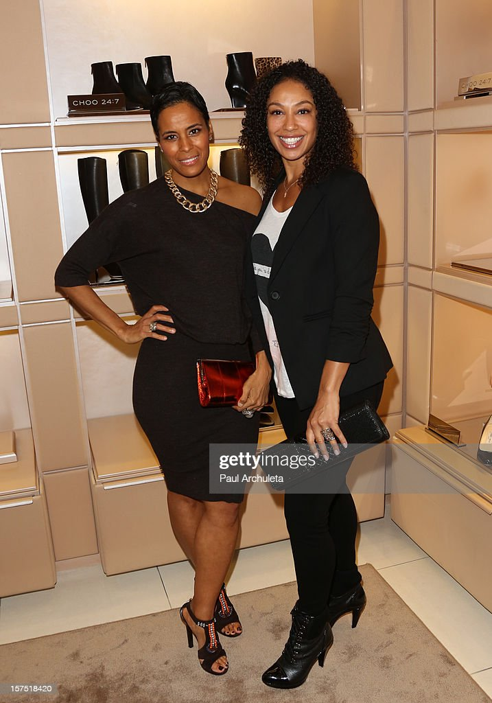 Reality TV Personalities Daphne Wayans and Stacy A. Littlejohn (R) attends the Perfect World at Jimmy Choo on December 3, 2012 in Beverly Hills, California.