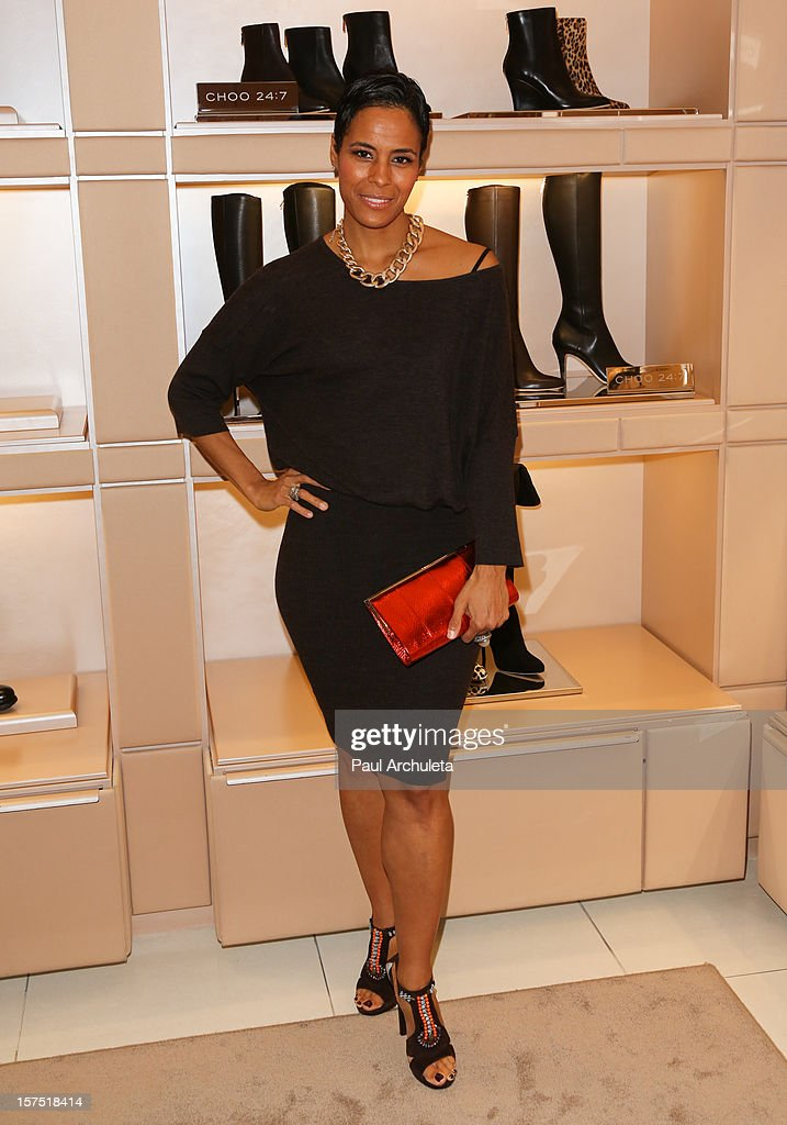 Reality TV Personality Daphne Wayans attends the Perfect World at Jimmy Choo on December 3, 2012 in Beverly Hills, California.