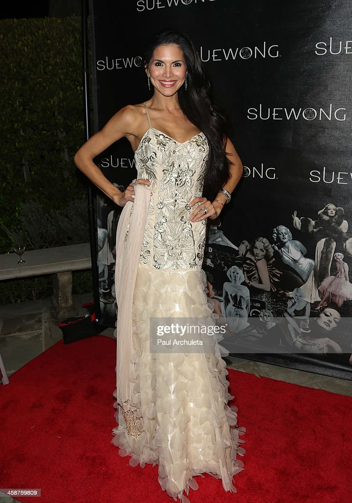 Reality TV Personality <a gi-track='captionPersonalityLinkClicked' href=/galleries/search?phrase=Joyce+Giraud&family=editorial&specificpeople=841715 ng-click='$event.stopPropagation()'>Joyce Giraud</a> attends Sue Wong's holiday party on December 20, 2013 in Los Angeles, California.