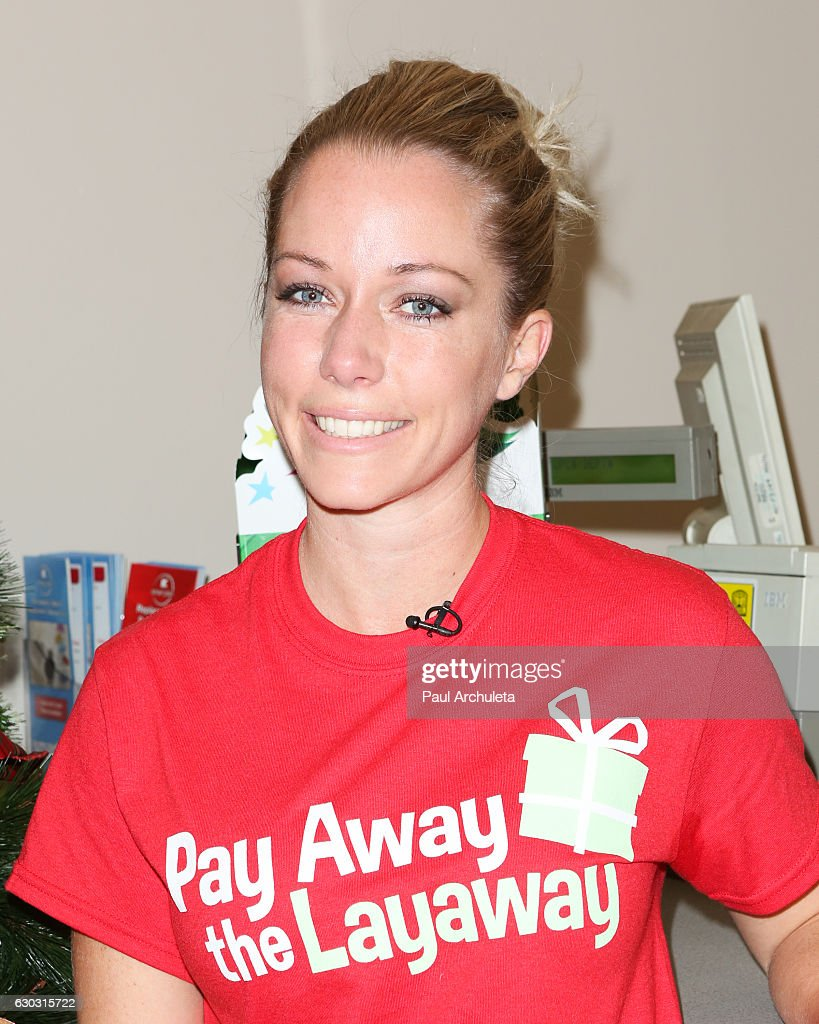 Reality TV Personality Kendra Wilkinson attends the 'Pay Away The Layaway' at the Burbank Kmart on December 20, 2016 in Burbank, California.