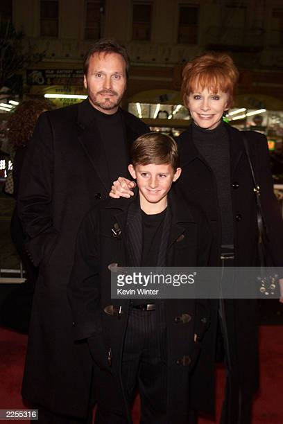 Reba McEntire and husband Narvel Blackstock and their son Shelby at the premiere of 'A Walk To Remember' at the Chinese Theater in Los Angeles Ca...