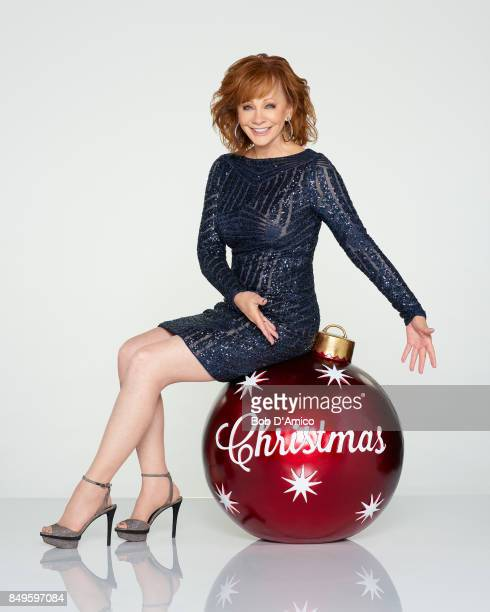 CHRISTMAS Reba McEntire hosts CMA Country Christmas Monday Nov 27 at 8/7c on the ABC Television Network