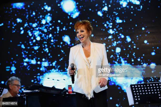 Reba McEntire performs during the Closing Night Gala at Cinecittà as part of the 2017 Celebrity Fight Night in Italy Benefiting The Andrea Bocelli...