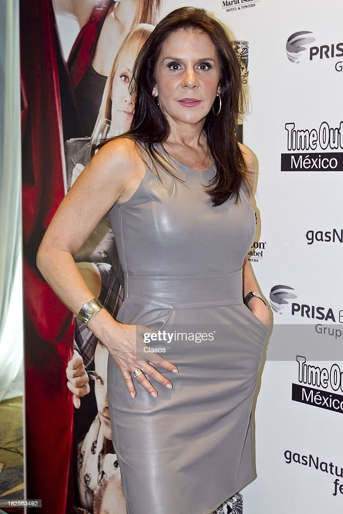 Rebeca Jones poses during a press conference of te Mexican film Tercera Llamada at the Maria Isabel Sheraton Hotel on September 30, 2013 in Mexico City, Mexico.