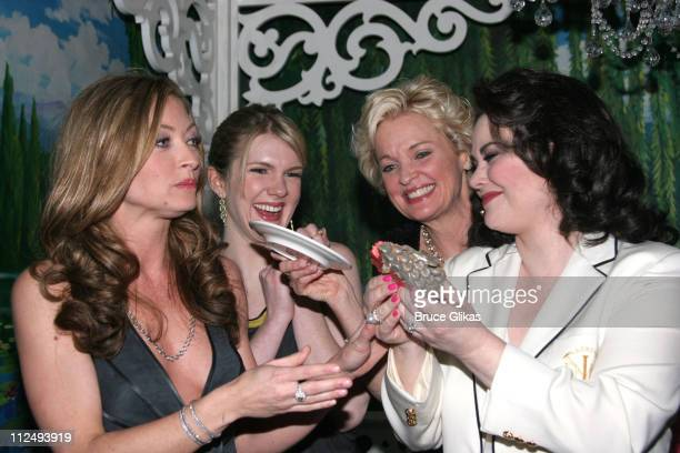 Rebecca Gayheart Lily Rabe Delta Burke Christine Ebersole with the Armadillo cake