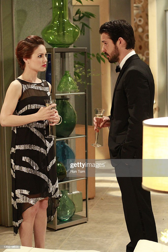 HOSPITAL - Rebecca Herbst (Elizabeth) and Jason Cook (Matt) in a scene that airs the week of February 20, 2012 on ABC Daytime's 'General Hospital.' 'General Hospital' airs Monday-Friday (3:00 p.m. - 4:00 p.m., ET) on the ABC Television Network. GH12 REBECCA