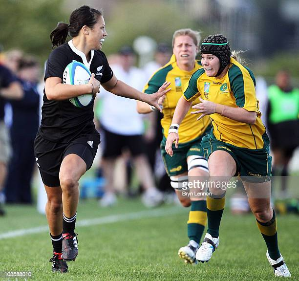 Rebecca Mahoney Of New Zealand holds off Nicole Beck of Australia during the IRB Women's Rugby World Cup match between New Zealand and Australia at...