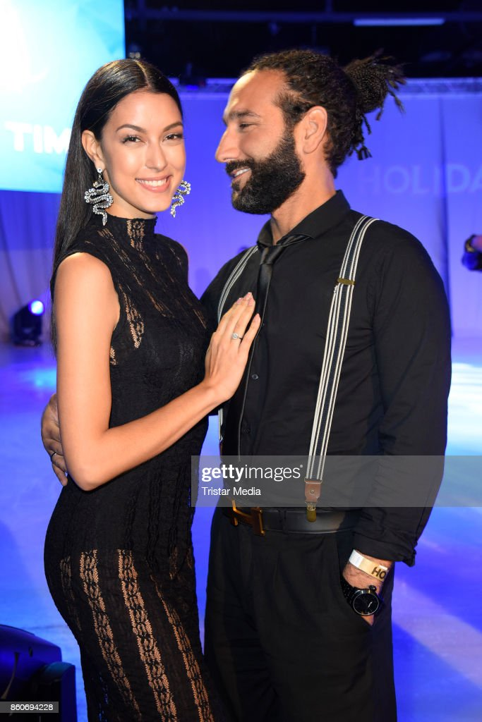 Rebecca Mir and her husband Massimo Sinato during the Holiday on Ice Season Opening 2017/18 at Volksbank Arena on October 12, 2017 in Hamburg, Germany.