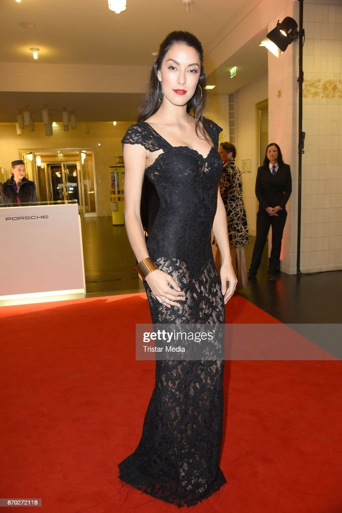 Rebecca Mir in a dress of Boss Couture attends the Leipzig Opera Ball (Leipziger Opernball) on November 4, 2017 in Leipzig, Germany.