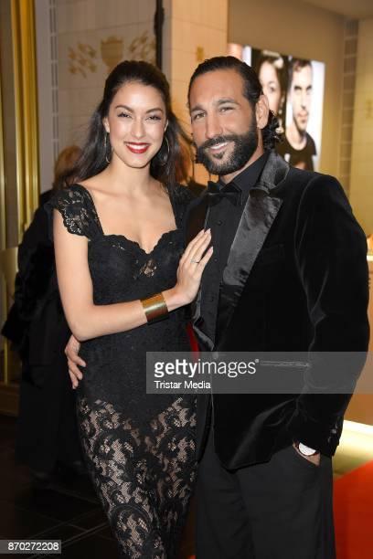Rebecca Mir mit Ehemann Massimo Sinato attend the Leipzig Opera Ball on November 4 2017 in Leipzig Germany