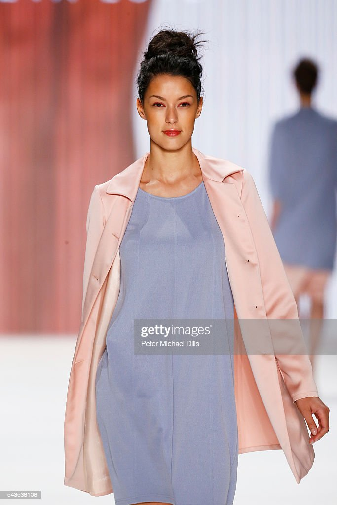 <a gi-track='captionPersonalityLinkClicked' href=/galleries/search?phrase=Rebecca+Mir&family=editorial&specificpeople=7831846 ng-click='$event.stopPropagation()'>Rebecca Mir</a> walks the runway at the Minx by Eva Lutz show during the Mercedes-Benz Fashion Week Berlin Spring/Summer 2017 at Erika Hess Eisstadion on June 29, 2016 in Berlin, Germany.
