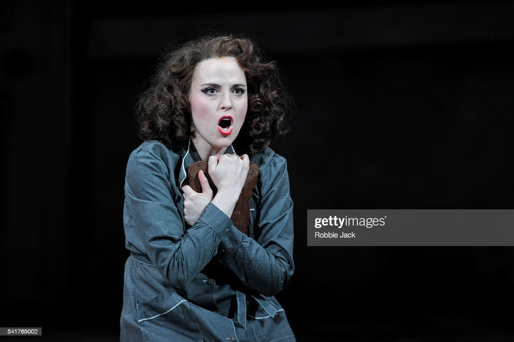 Rebecca Nelsen as Fiorilla in Garsington Opera's production of Gioacchino Rossini's ' 'Il Turco In Italia' directed by Martin Duncan and conducted by David Parry at Wormsley. | Location: Wormsley, Buckinghamshire, UK.