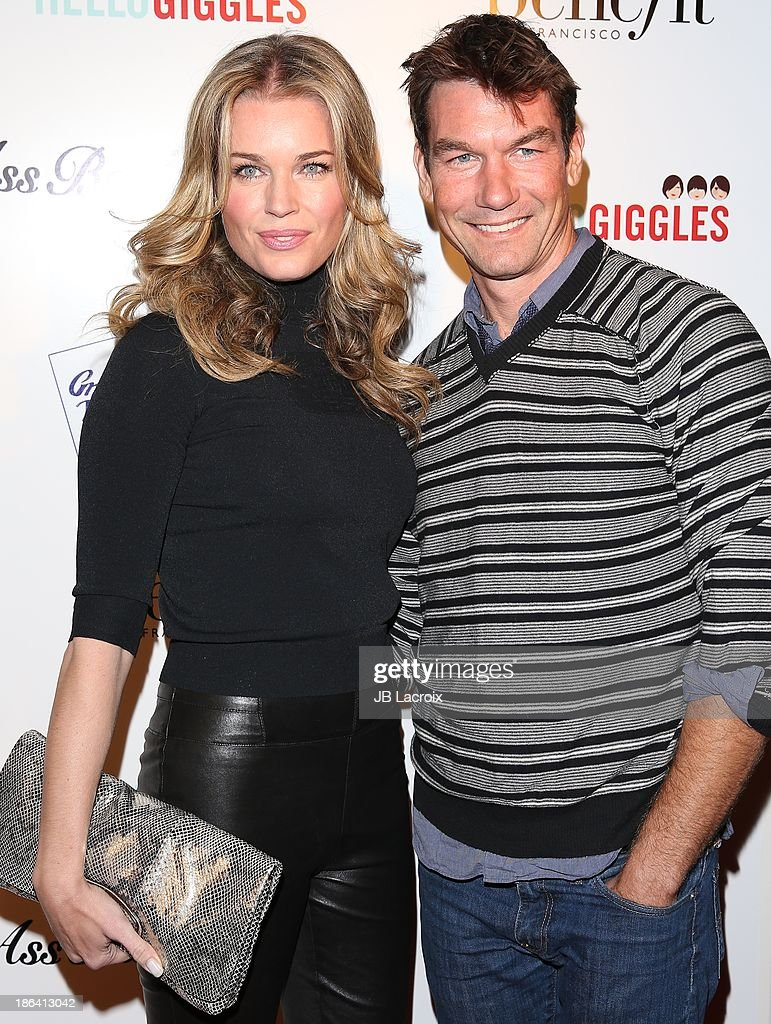 <a gi-track='captionPersonalityLinkClicked' href=/galleries/search?phrase=Rebecca+Romijn&family=editorial&specificpeople=202241 ng-click='$event.stopPropagation()'>Rebecca Romijn</a> and <a gi-track='captionPersonalityLinkClicked' href=/galleries/search?phrase=Jerry+O%27Connell&family=editorial&specificpeople=208243 ng-click='$event.stopPropagation()'>Jerry O'Connell</a> attend the 'Ass Backwards' Los Angeles Premiere at the Vista Theatre on October 30, 2013 in Los Angeles, California.