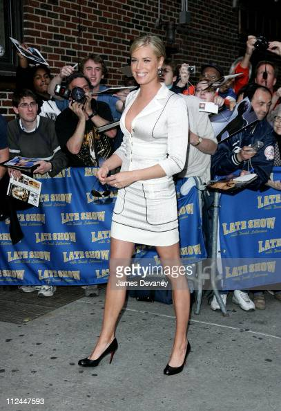 Rebecca Romijn during Rebecca Romijn Visits the 'Late Show With David Letterman' May 18 2006 at Ed Sullivan Theatre in New York City New York United...