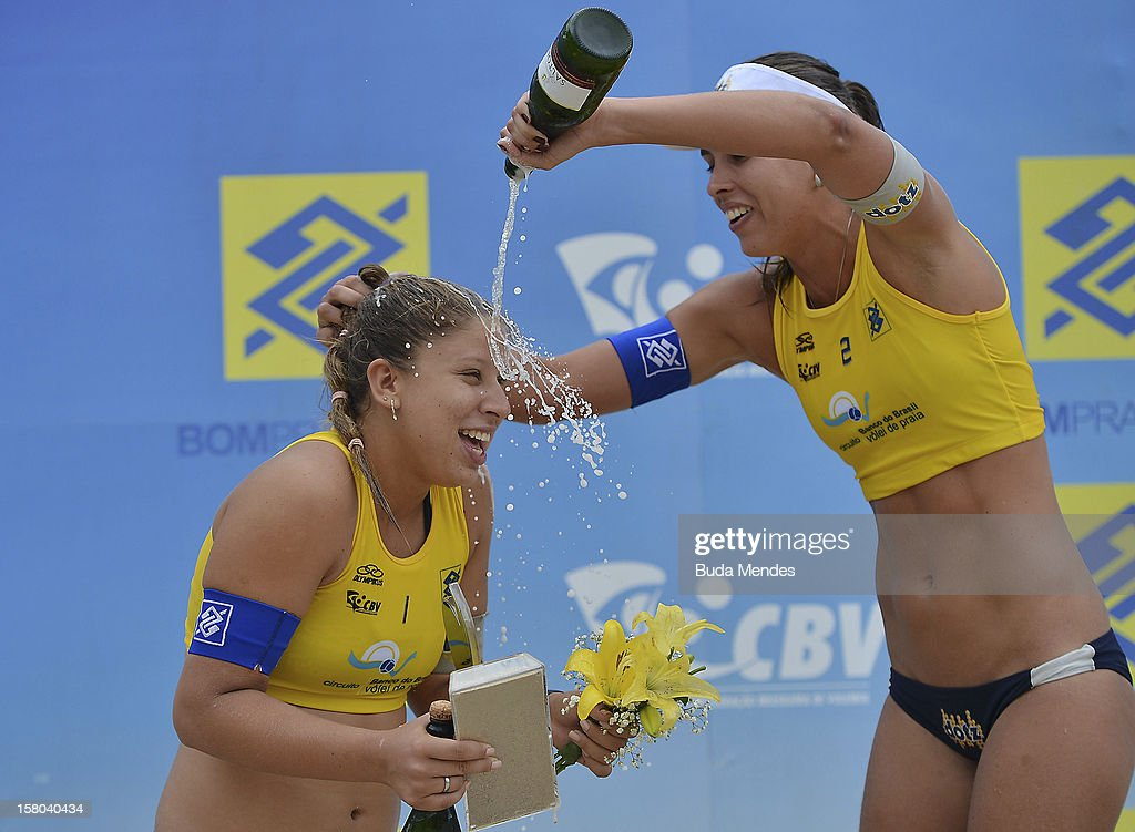Rebecca/Lili first place, the third place during a beach volleyball match against the 6th stage of the season 2012/2013 Circuit Bank of Brazil at Copacabana Beach on December 09, 2012 in Rio de Janeiro, Brazil.