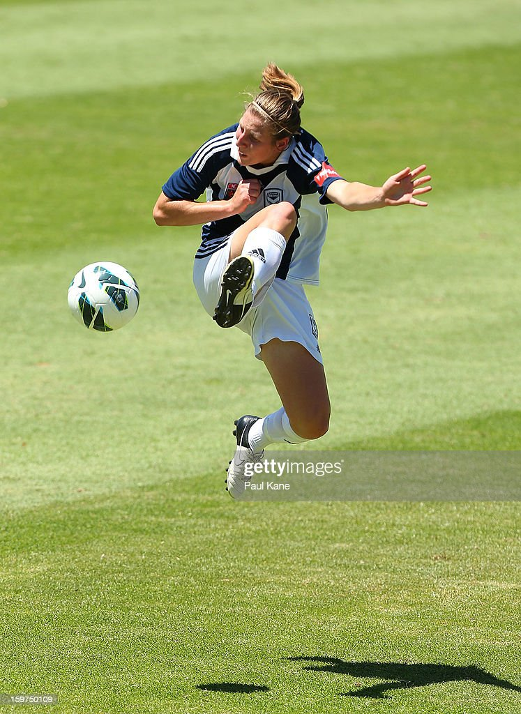 Rebekah Stott of the Victory traps the ball during the W-League Semi Final match between Perth Glory and Melbourne Victory at nib Stadium on January 20, 2013 in Perth, Australia.