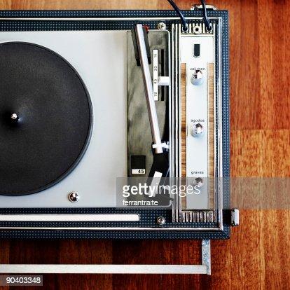 Platine vinyl photos et images de collection getty images - Lecteur disque vinyl ...