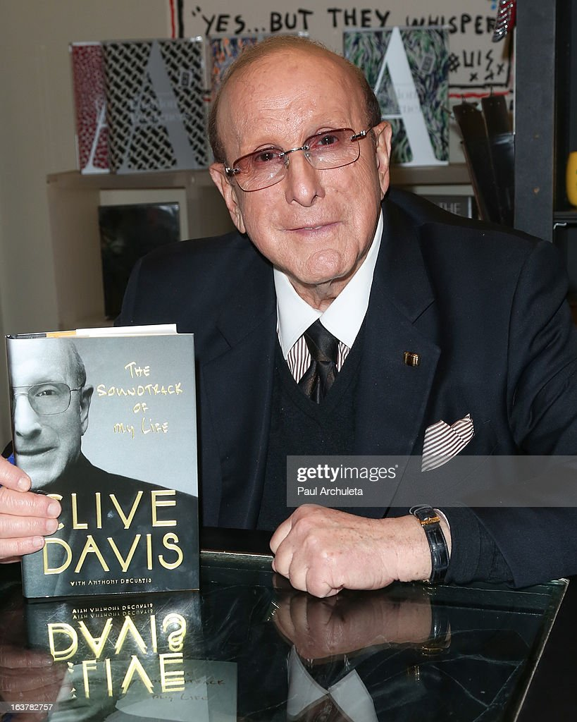 Record Producer <a gi-track='captionPersonalityLinkClicked' href=/galleries/search?phrase=Clive+Davis&family=editorial&specificpeople=209314 ng-click='$event.stopPropagation()'>Clive Davis</a> signs copies of his new book 'The Soundtrack Of My Life' at Book Soup on March 15, 2013 in West Hollywood, California.