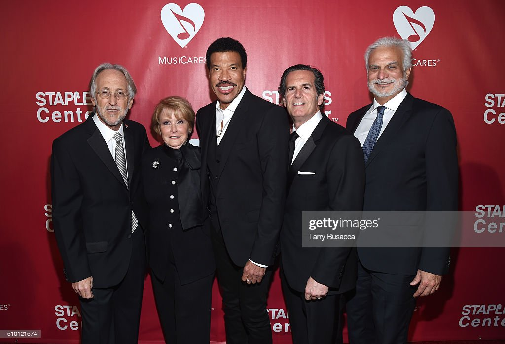 Recording Academy and MusiCares President/CEO Neil Portnow, GRAMMY Foundation VP Dana Tomarken, honoree Lionel Richie, Red Light COO Bruce Eskowitz, and MusiCares Foundation Board Chair Bill Silva attend the 2016 MusiCares Person of the Year honoring Lionel Richie at the Los Angeles Convention Center on February 13, 2016 in Los Angeles, California.