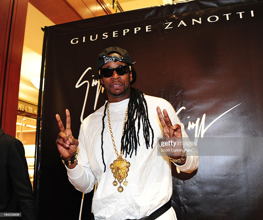 Recording artist <a gi-track='captionPersonalityLinkClicked' href=/galleries/search?phrase=2+Chainz&family=editorial&specificpeople=8559144 ng-click='$event.stopPropagation()'>2 Chainz</a> attends the Opening Party for the Giuseppe Zanotti Store at Phipps Plaza on October 11, 2013 in Atlanta, Georgia.