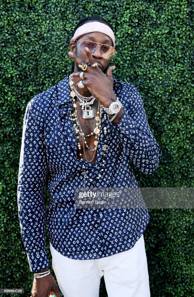 Recording artist 2 Chainz poses at day one of BETX Live!, presented by Denny's, during the 2017 BET Experience on June 22, 2017 in Los Angeles, California.