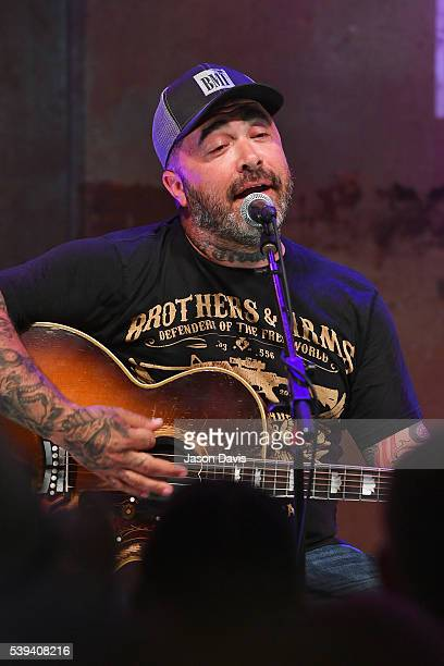 Recording Artist Aaron Lewis performs onstage at the HGTV Lodge during CMA Music Fest on June 11 2016 in Nashville Tennessee