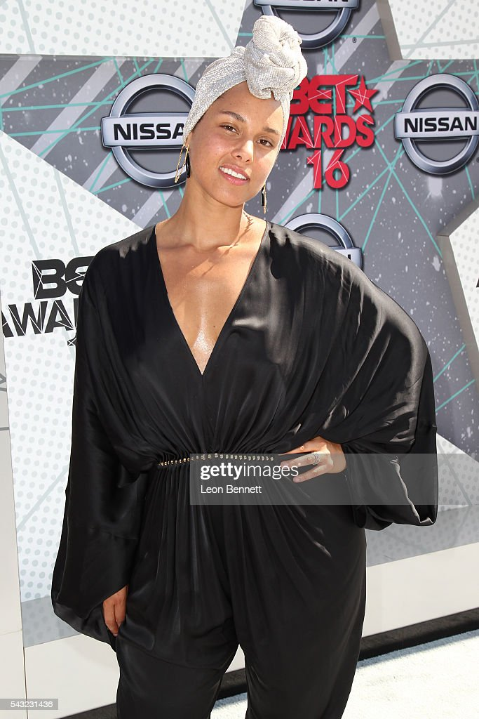 Recording artist <a gi-track='captionPersonalityLinkClicked' href=/galleries/search?phrase=Alicia+Keys&family=editorial&specificpeople=169877 ng-click='$event.stopPropagation()'>Alicia Keys</a> attends the Make A Wish VIP Experience at the 2016 BET Awards on June 26, 2016 in Los Angeles, California.