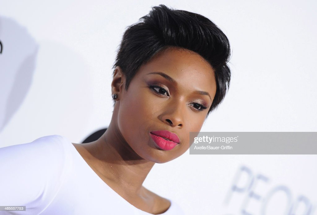 Recording Artist and Actress <a gi-track='captionPersonalityLinkClicked' href=/galleries/search?phrase=Jennifer+Hudson&family=editorial&specificpeople=234833 ng-click='$event.stopPropagation()'>Jennifer Hudson</a> arrives at The 40th Annual People's Choice Awards at Nokia Theatre L.A. Live on January 8, 2014 in Los Angeles, California.