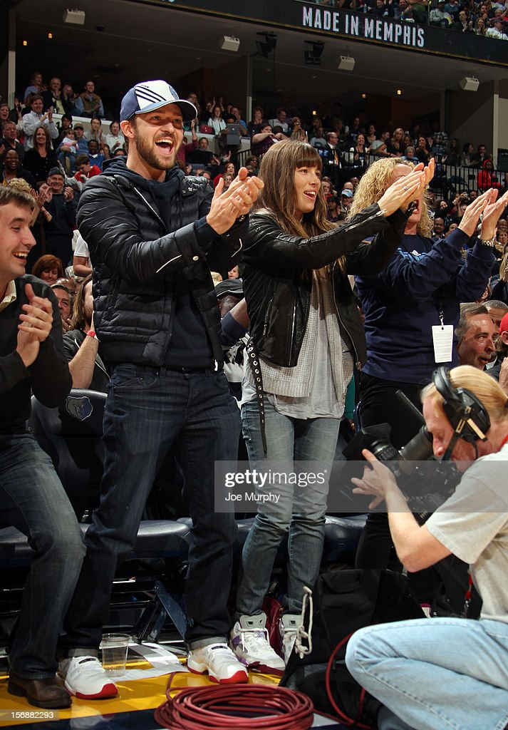 Recording artist and Memphis Grizzlies minority owner Justin Timberlake cheers along side Jessica Biel during a game between the Memphis Grizzlies and the Los Angeles Lakers on November 23, 2012 at FedExForum in Memphis, Tennessee.