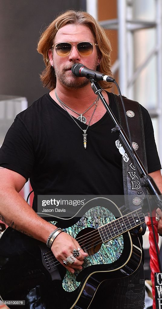 Recording Artist and The Voice Season 7 Winner <a gi-track='captionPersonalityLinkClicked' href=/galleries/search?phrase=Craig+Wayne+Boyd&family=editorial&specificpeople=7940838 ng-click='$event.stopPropagation()'>Craig Wayne Boyd</a> performs at Music Industry Day during Summer NAMM in Music City Center on June 25, 2016 in Nashville, Tennessee.
