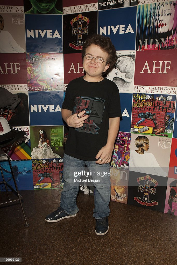 Recording Artist and Youtube Sensation Keenan Cahill attends Nivea Kiss Lounge For AMA Weekend Inside Day 2 on November 18 2012 in Los Angeles...