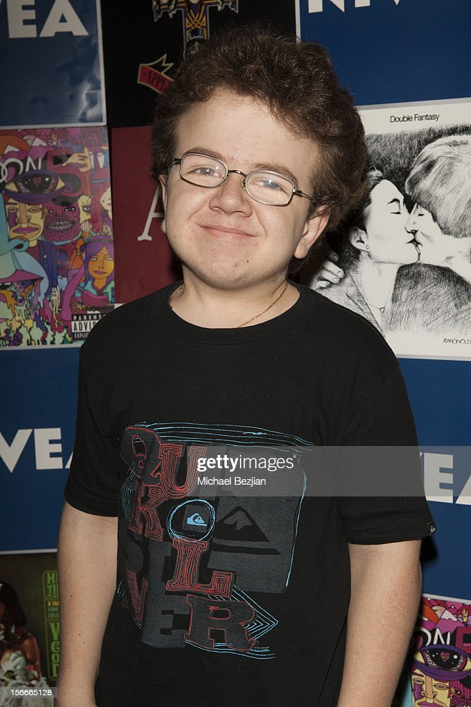 Recording Artist and Youtube Sensation Keenan Cahill attends Nivea Kiss Lounge For AMA Weekend Inside - Day 2 on November 18, 2012 in Los Angeles, California.