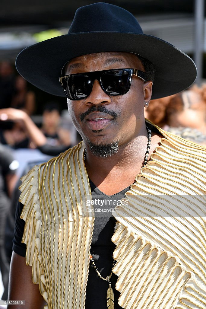 Recording artist <a gi-track='captionPersonalityLinkClicked' href=/galleries/search?phrase=Anthony+Hamilton+-+Singer&family=editorial&specificpeople=5411959 ng-click='$event.stopPropagation()'>Anthony Hamilton</a> attends the Cover Girl glam stage during the 2016 BET Awards at the Microsoft Theater on June 26, 2016 in Los Angeles, California.