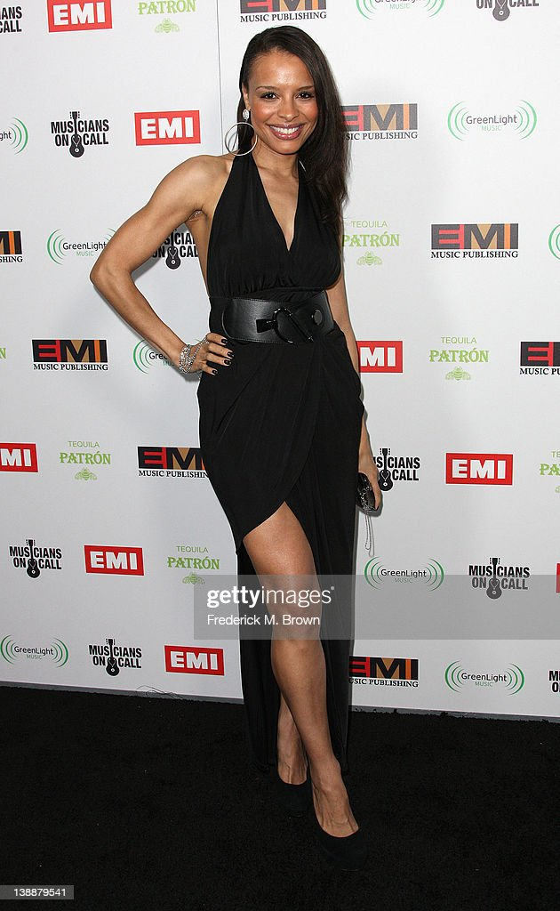 Recording artist Antonique Smith attends the EMI GRAMMY After Party at the Capital Records Building on February 12, 2012 in Hollywood, California.