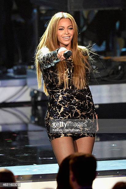Recording artist Beyonce performs onstage during Stevie Wonder Songs In The Key Of Life An AllStar GRAMMY Salute at Nokia Theatre LA Live on February...
