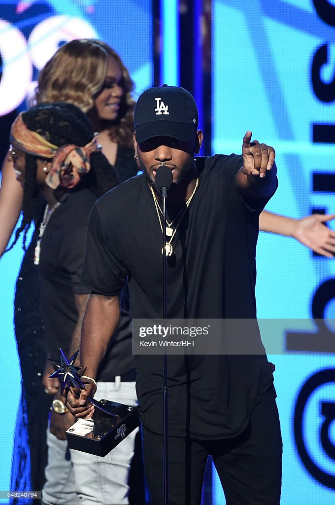 Recording artist <a gi-track='captionPersonalityLinkClicked' href=/galleries/search?phrase=Bryson+Tiller&family=editorial&specificpeople=15090580 ng-click='$event.stopPropagation()'>Bryson Tiller</a> accepts the Best New Artist award onstage during the 2016 BET Awards at the Microsoft Theater on June 26, 2016 in Los Angeles, California.
