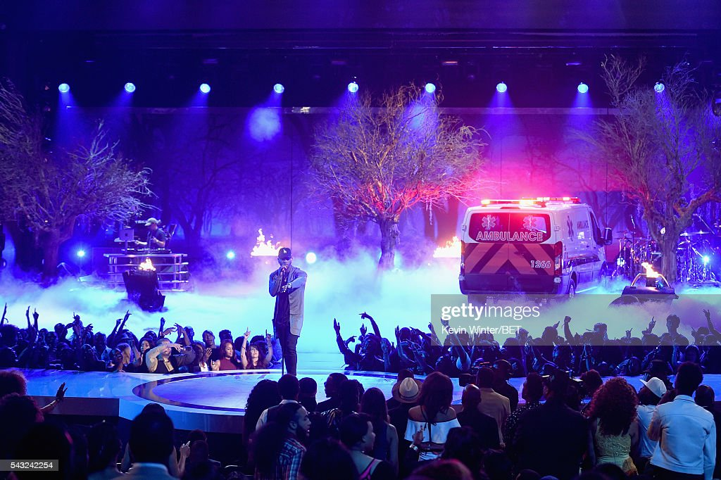 Recording artist <a gi-track='captionPersonalityLinkClicked' href=/galleries/search?phrase=Bryson+Tiller&family=editorial&specificpeople=15090580 ng-click='$event.stopPropagation()'>Bryson Tiller</a> performs onstage during the 2016 BET Awards at the Microsoft Theater on June 26, 2016 in Los Angeles, California.