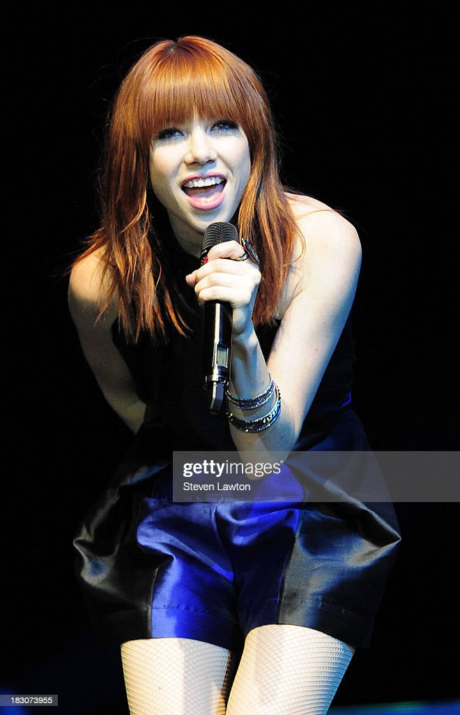 Recording artist <a gi-track='captionPersonalityLinkClicked' href=/galleries/search?phrase=Carly+Rae+Jepsen&family=editorial&specificpeople=6903584 ng-click='$event.stopPropagation()'>Carly Rae Jepsen</a> performs at 'UniteLIVE: The Concert to Rock Out Bullying' at the Thomas & Mack Center on October 3, 2013 in Las Vegas, Nevada.