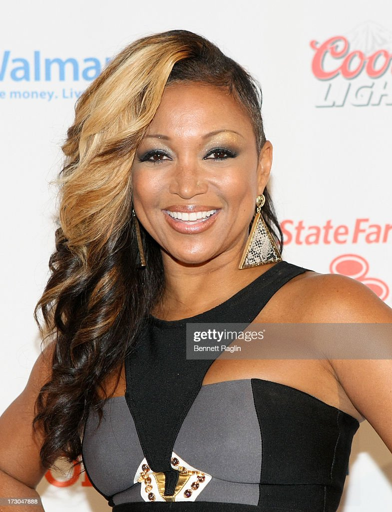 Recording artist <a gi-track='captionPersonalityLinkClicked' href=/galleries/search?phrase=Chante+Moore&family=editorial&specificpeople=2260137 ng-click='$event.stopPropagation()'>Chante Moore</a> attends the 2013 Essence Festival at the Ernest N. Morial Convention Center on July 5, 2013 in New Orleans, Louisiana.