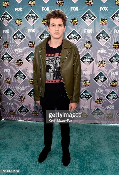 recording-artist-charlie-puth-attends-teen-choice-awards-2016-at-the-picture-id584900570