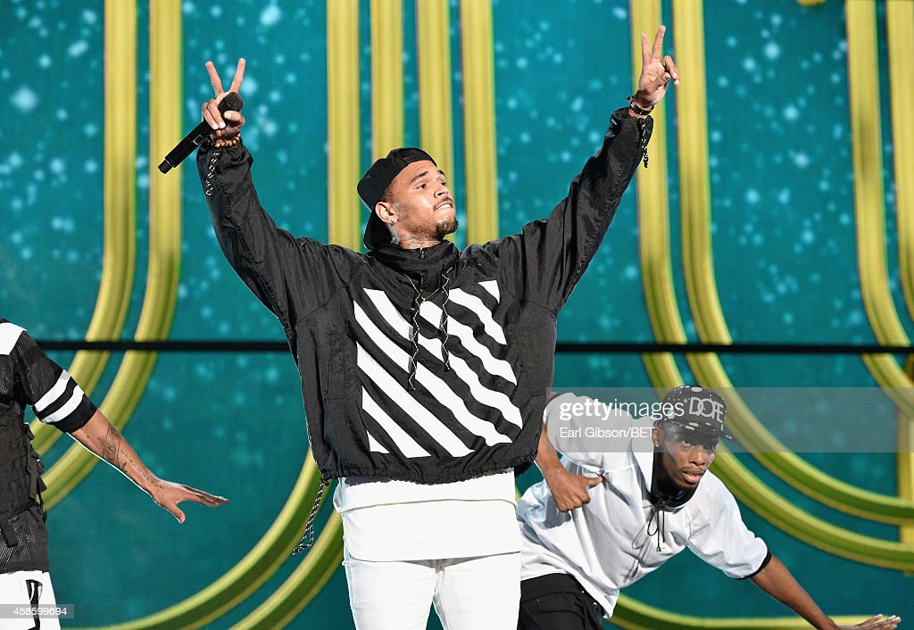 Recording artist Chris Brown performs onstage during the 2014 Soul Train Music Awards at the Orleans Arena on November 7, 2014 in Las Vegas, Nevada.