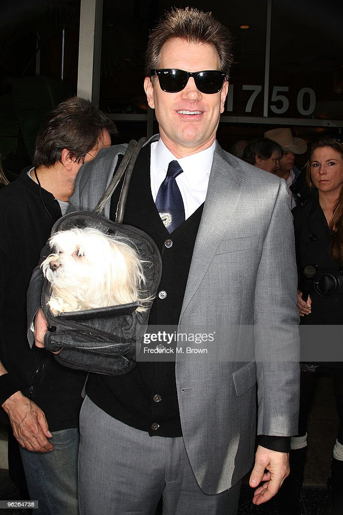 Recording artist <a gi-track='captionPersonalityLinkClicked' href=/galleries/search?phrase=Chris+Isaak&family=editorial&specificpeople=211544 ng-click='$event.stopPropagation()'>Chris Isaak</a> attends the installation ceremony for recording artist Roy Orbison at the Hollywood Walk of Fame on January 29, 2010 in Hollywood, California.