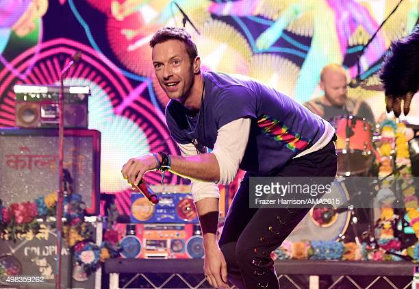 Recording artist Chris Martin from Coldplay performs onstage during the 2015 American Music Awards at Microsoft Theater on November 22 2015 in Los...