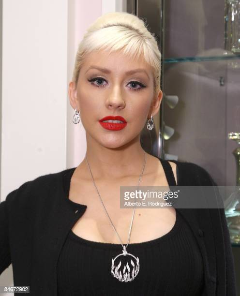 BEVERLY HILLS CA FEBRUARY 05 Recording artist Christina Aguilera attends a cocktail party celebrating jeweler Stephen Webster's new collections for...